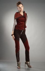 Костюм: жилет и брюки