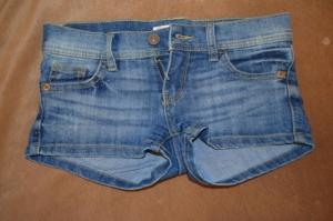 шорты джинсоввые, 140-146см
