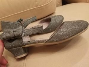 Ослепительные туфельки на каблучке
