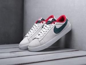 Кроссовки Nike SB Blazer Low