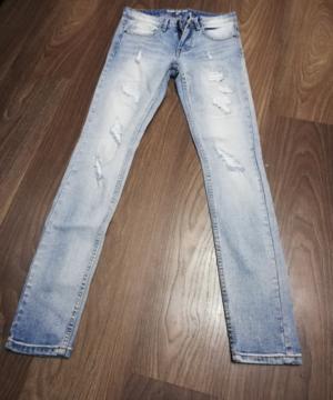 medium-новые джинсы с потертостями, 44й