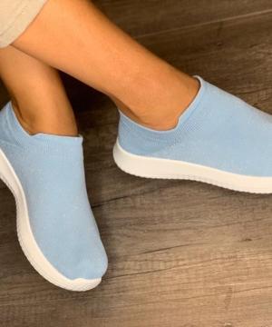 medium-самые уютные, легкие и удобные кроссовки